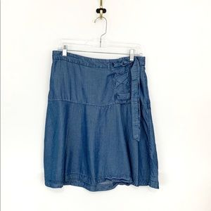 ANN TAYLOR Women's Denim Chambray Skirt Size 8